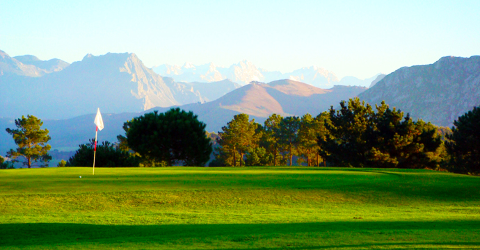 Spain Golf Courses La Rasa de Berbes Teetimes